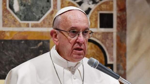 Папа Римский просит снизить напряженность навостоке Украины