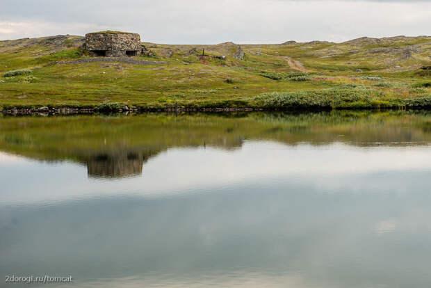 Один из дотов на полуострове Средний. Фото - planetadorog.ru