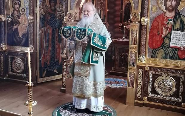 О карантине после контактов с носителем COVID-19 объявил патриарх Кирилл