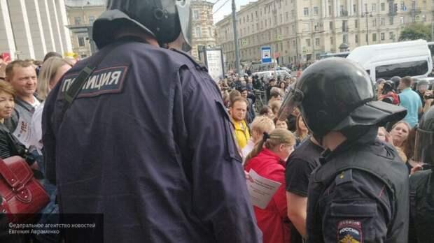 Шаповалов назвал митинги ФБК игрой в замкнутом западном пространстве