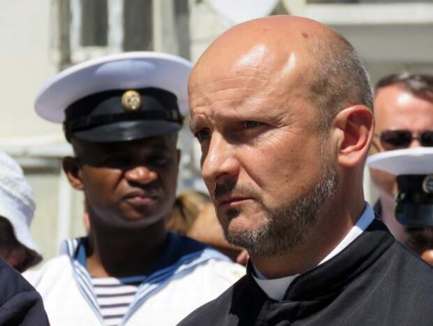 «После столетнего сиротства»: севастопольские католики взялись за «Дружбу»