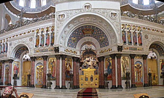 1024px-Marine_Nicolaus_kathedral_altar.Kronstadt (700x418, 519Kb)