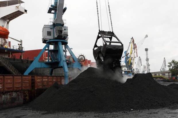 Погрузка экспортных грузов в порты на сети РЖД выросла на 9% в январе-августе 2021 года