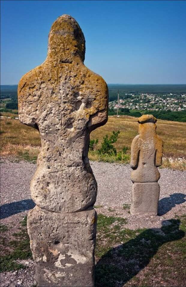 Половецкие каменные бабы IX-XIII вв.