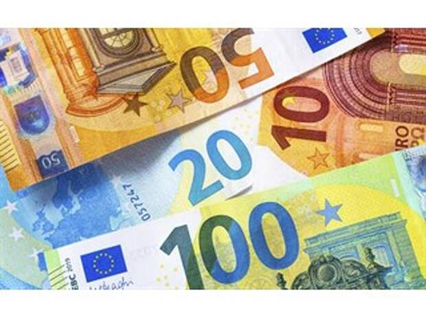 """«Срочно продавайте евро: """"Черный лебедь"""" взлетает из Франции»"""