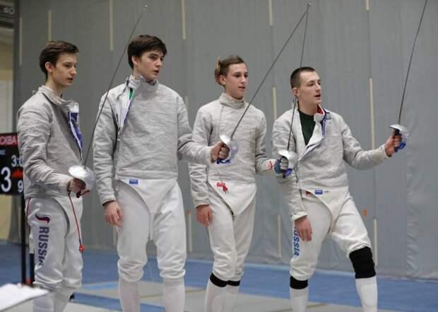 Фехтовальщик спортшколы №73 района Сокол взял серебряную медаль первенства России