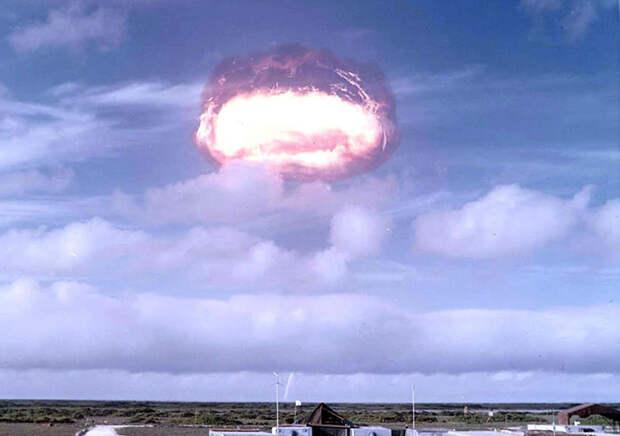 Ядерный взрыв — самое страшное открытие человечества