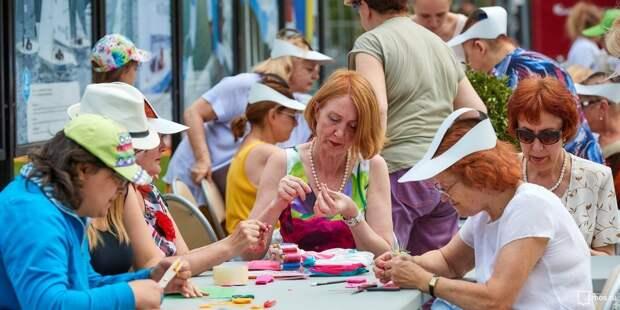 Мастер-классы и флешмоб подготовили для гостей Лианозовского парка ко Дню России Фото с сайта mos.ru