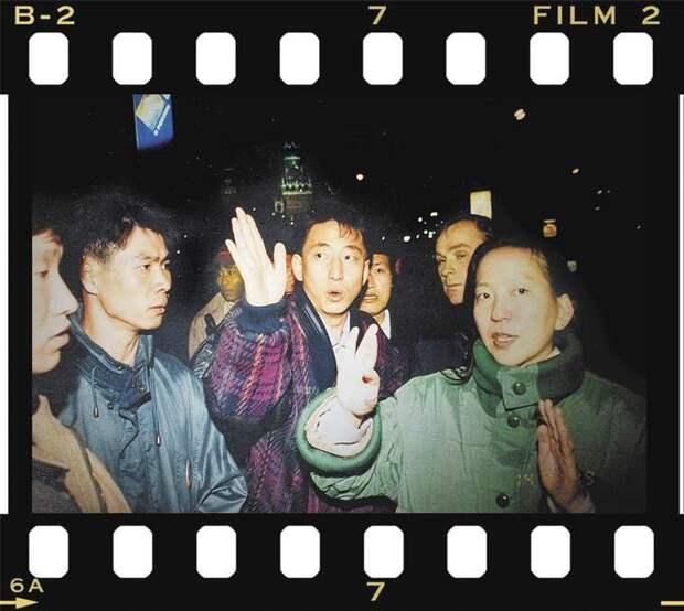 5 трешовых фактов о том, как в 1995 году мужик захватил автобус с корейскими туристами на Красной площади