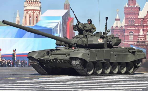 Т-90 Новейшая боевая платформа, прекрасно показавшая себя на испытаниях в полевых условиях. Главным оружием танка является гладкоствольная пушка калибром 125 мм, дополнительным — тяжелый зенитный пулемет с дистанционным управлением.