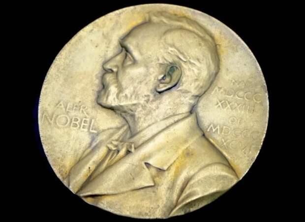 Нобелевскими лауреатами по химии стали ученые из Франции и США