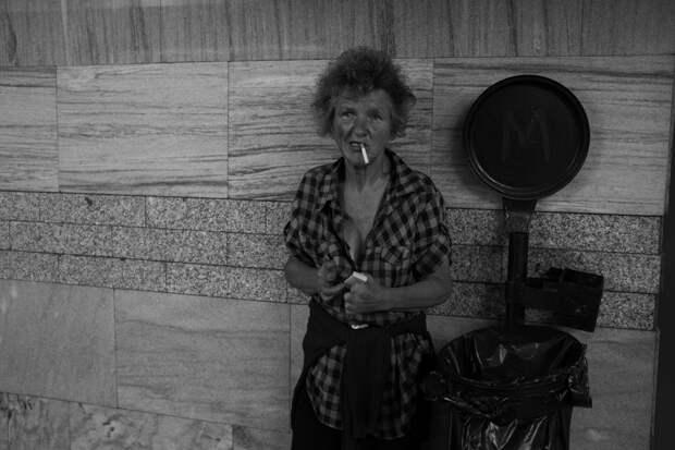 Ненужные люди: бездомные украинцы на снимках Геннадия Крупко