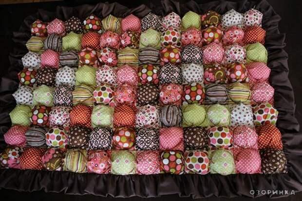 Очень красивое обьемное одеяльце