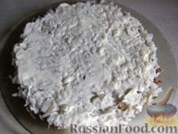 Фото приготовления рецепта: Салат слоеный из печени - шаг №10