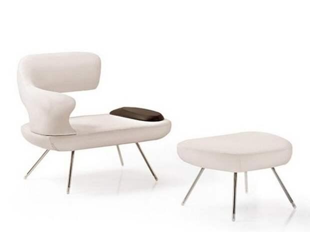 Элегантное кресло