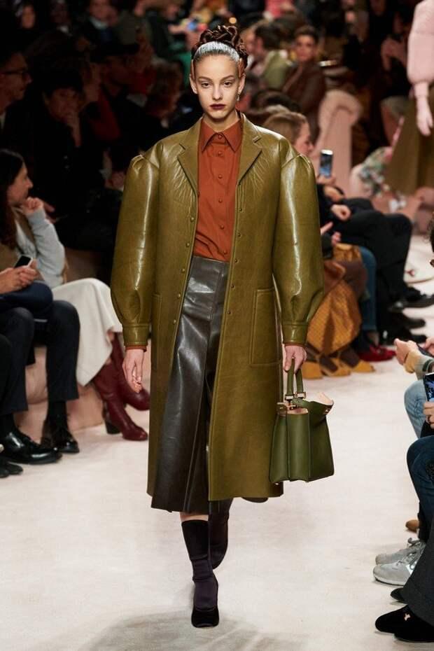 Знакомьтесь, FENDI: стильная коллекция осень-зима 2020-2021
