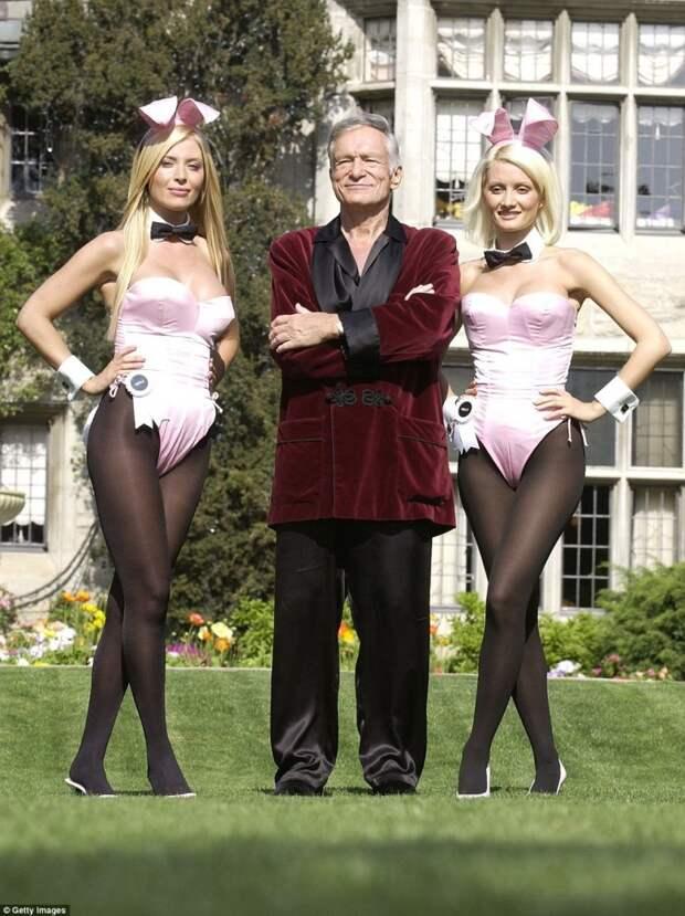 Особняк Playboy Mansion