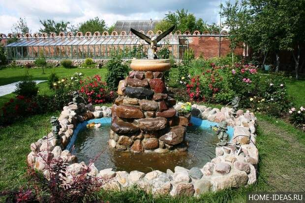 декоративный пруд-фонтан