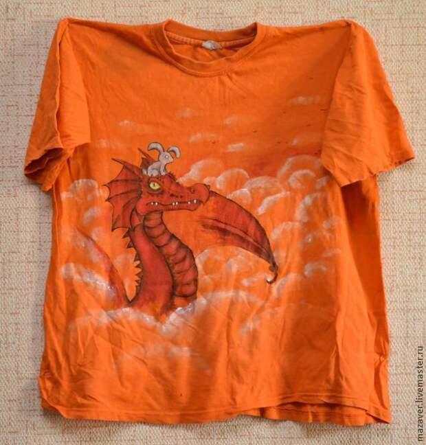 Вторая жизнь футболки. Делаем из мужской футболки — женскую майку