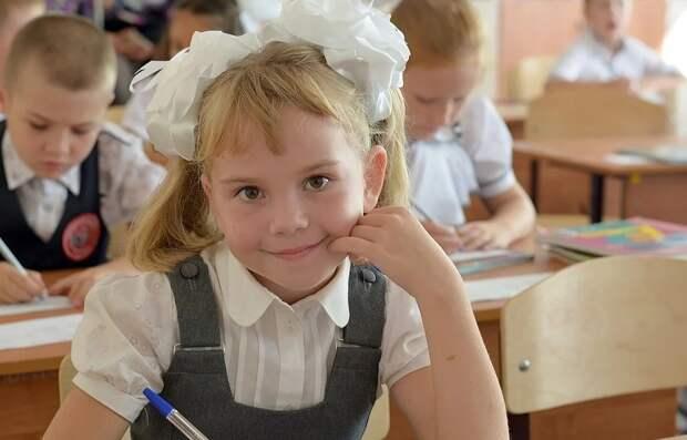 В СВАО проходит акция «Собери ребенка в школу. Волшебная палочка в действии»