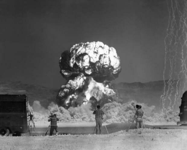 Фотографии атомного взрыва