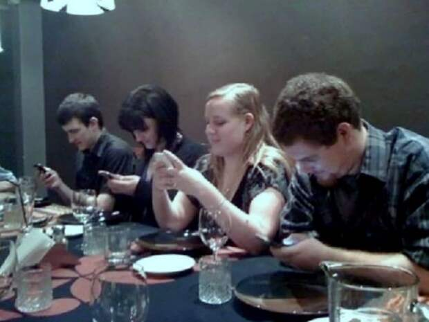 Конец живому общению общение, смартфоны