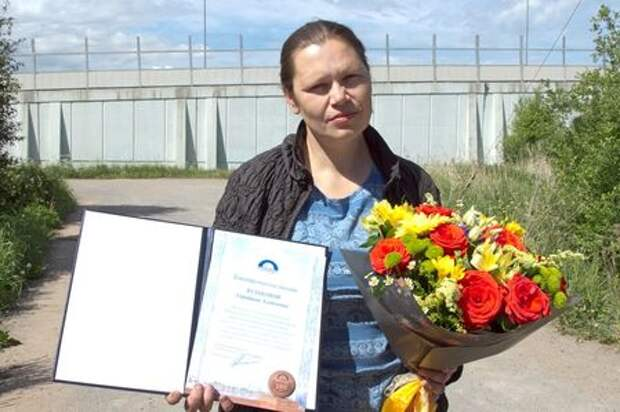 Русская женщина устроила автопогоню за вором и получила благодарность