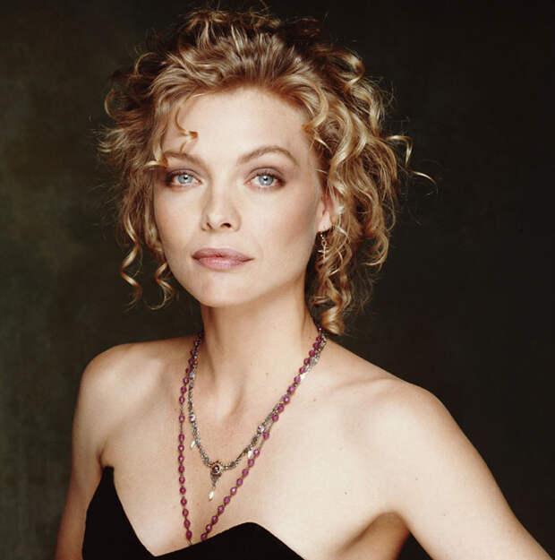 Мишель Пфайффер (Michelle Pfeiffer) в фотосессии Терри О'Нила (Terry O'Neill) (1990), фотография 3