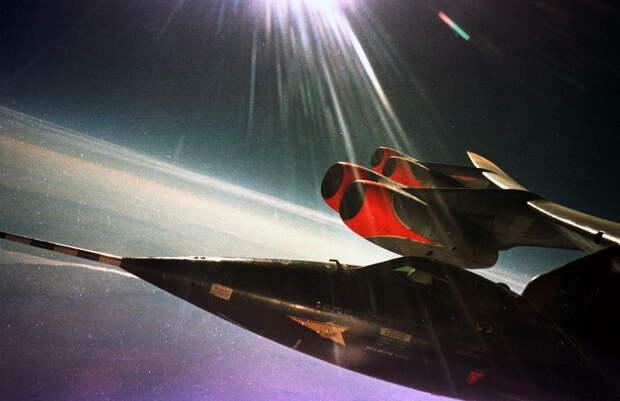 Flt 1-A-18. Pilot-White 8/11/60 AFFTC History Office