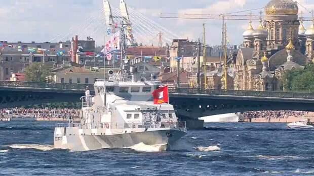 Путин подчеркнул безупречную службу родине моряков ВМФ