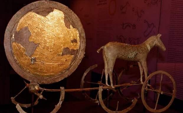 Солнечная колесница из Трундхольма