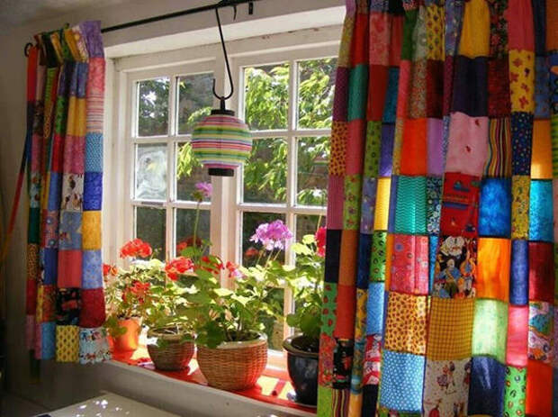 Пэчворк-шторы. Фото с сайта 1pooknam.ru