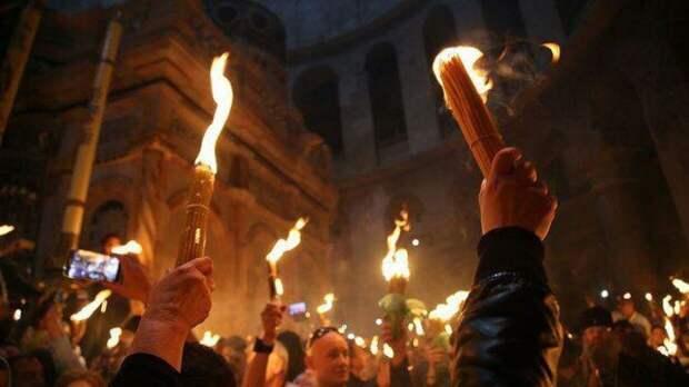 Благодатный огонь из Иерусалима привезут в Москву 1 мая