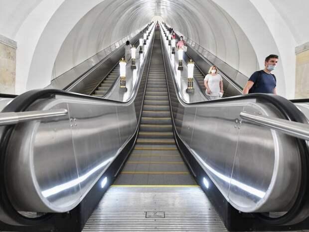 Более 70 эскалаторов отремонтировали в столичном метро с начала года