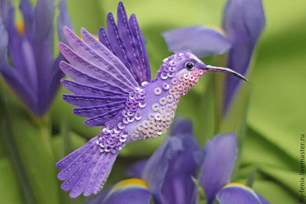 миниатюрная брошь - сиреневая птица