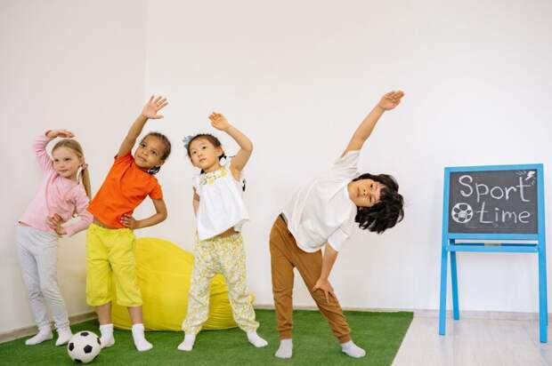 Стоит ли отдавать ребенка в частный детский сад? За и против