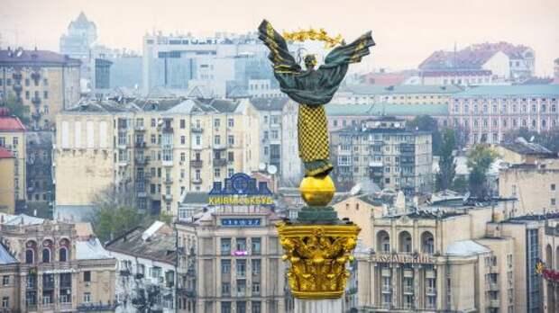 Зеленский: Украина должна чувствовать себя своей в НАТО и ЕС