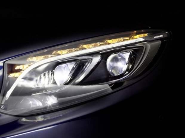 Mercedes-Benz затмит «лазерные» фары диодами
