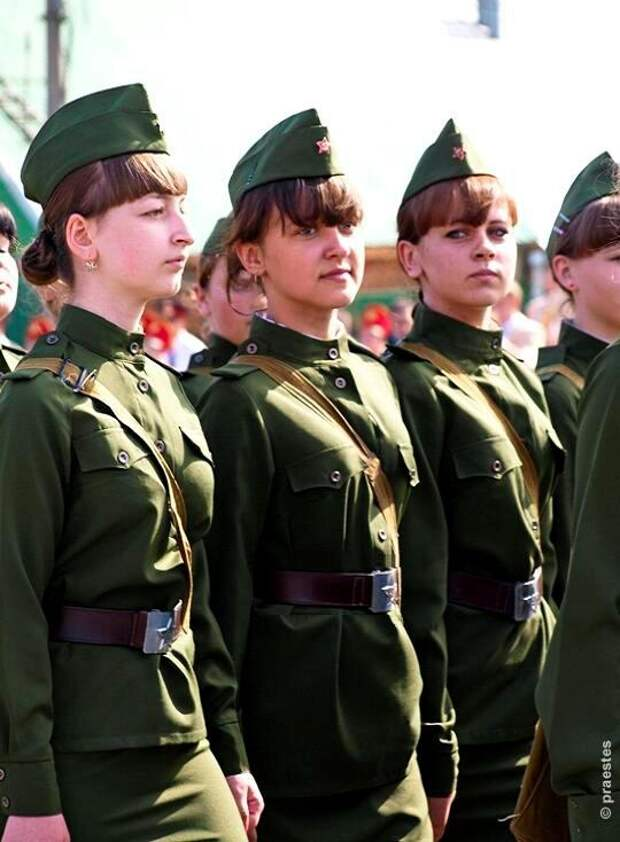 С 2016 года студентки российских вузов смогут участвовать в программе военной подготовки