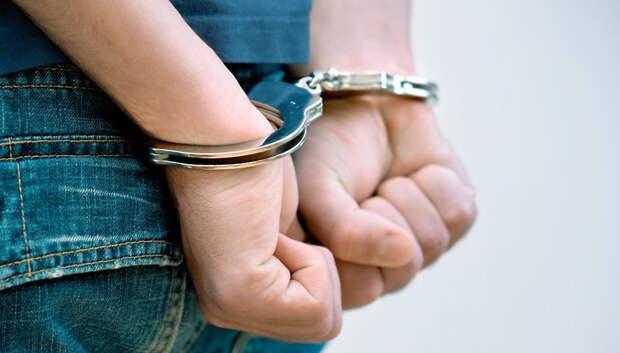 В Подольске задержали подозреваемого в краже денег и препаратов из аптеки