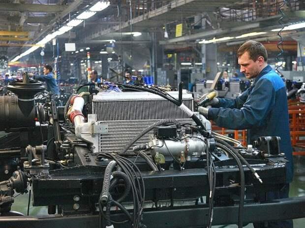 КАМАЗ остановит конвейер на несколько дней из-за падения спроса