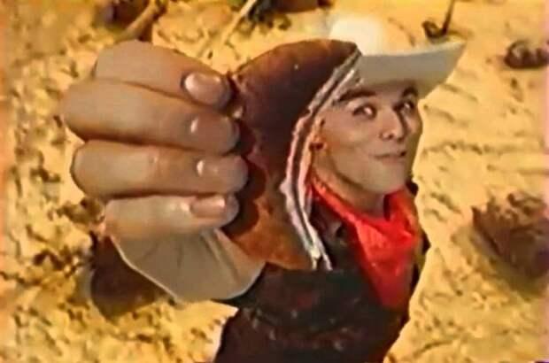 Максим Аверин в рекламе печенья | Фото: youtube.com