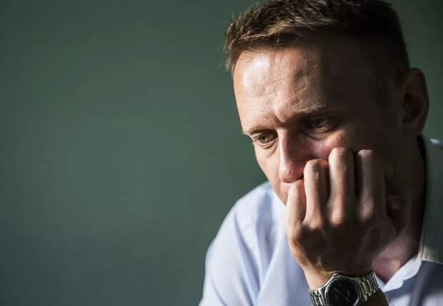 Бесполезный популист: Запад официально слил Навального