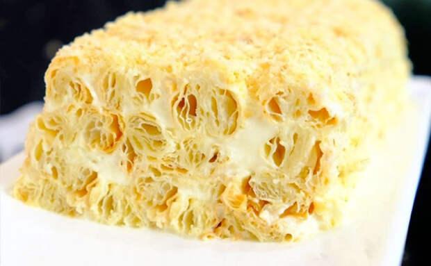 Пушистый торт из трех ингредиентов: нужны сливки, сгущенка, тесто и 20 минут времени