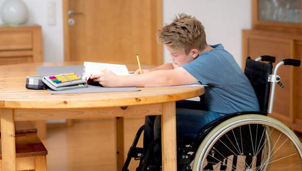 Правительство выделит 32 млрд рублей регионам на детей-инвалидов