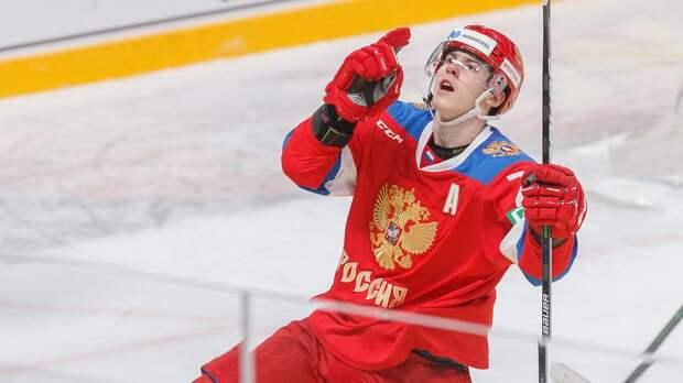 Топовый русский юниор на распутье: уезжать в Канаду или остаться в Уфе. Почему Амирову точно не нужно в «Торонто»