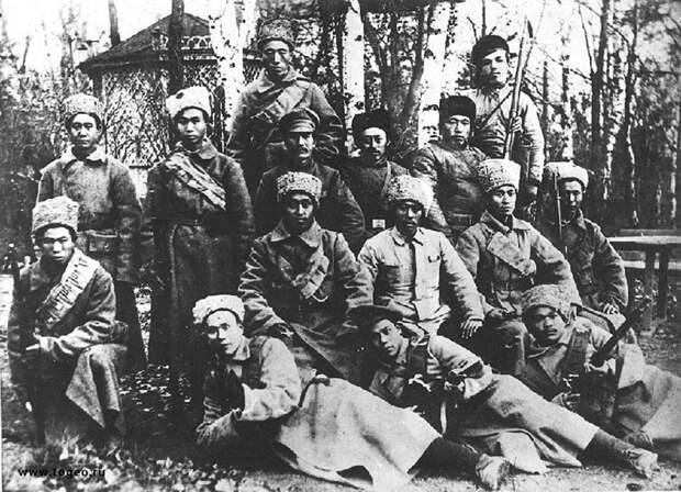 Как китайцы помогли большевикам удержаться у власти в России