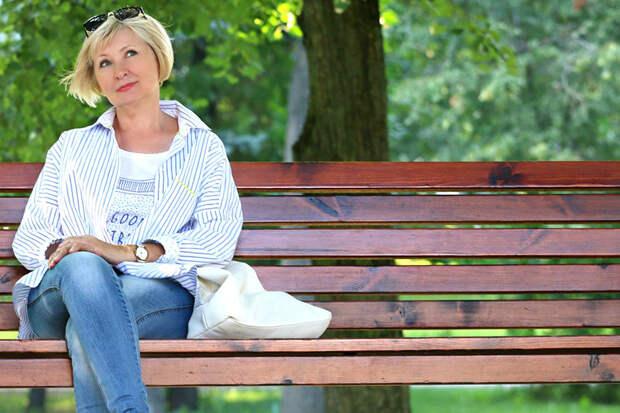 Почему некоторые женщины за сорок остаются одинокими, и ничего с этим не делают?
