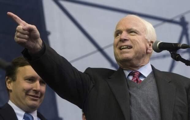 Джон Маккейн назвал Россию «бензоколонкой»