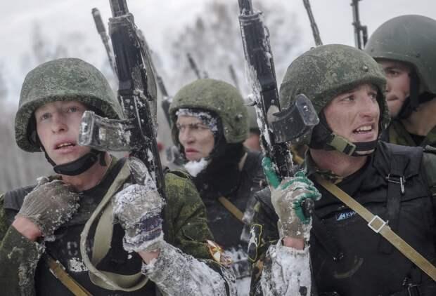 Россия практически завершила обустройство шести военных баз в Арктике - Генштаб